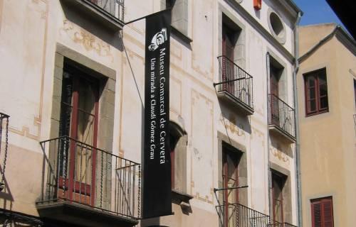 Façana de la Casa Museu Duran i Sanpere de Cervera. CC BY-SA 3.0  - Kippelboy / Wikimedia Commons