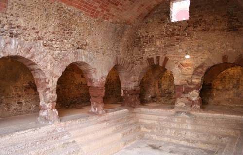 Roman baths of Caldes de Montbui. CC BY-SA 3.0 - Wikimedia Commons