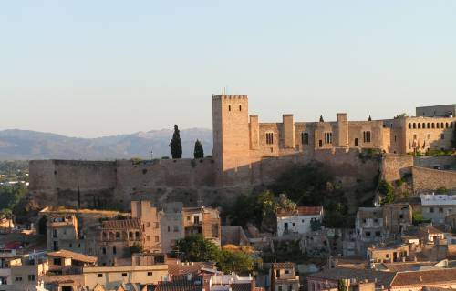 General view of the Castle of La Suda, in Tortosa. Manel Zaera / Wikimedia Commons. CC BY-SA 2.0