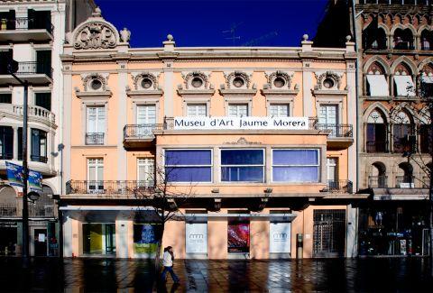 Fachada del Casino Principal. CC BY-SA 3.0 - ElnavarroG / Wikimedia Commons