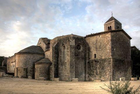 Canònica de Santa Maria de Vilabertran. Albert Sarola Juanola / Wikimedia Commons. CC BY-SA 3.0 ES