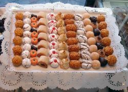 Pastissos i dolços tradicionals en el calendari festiu