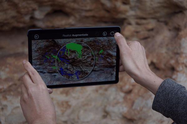 Nova versió de l'aplicació de realitat augmentada al conjunt d'art rupestre dels Abrics de l'Ermita a Ulldecona