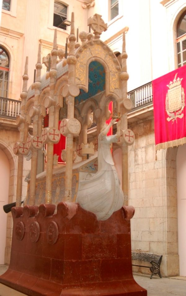 L'IEC localitza i documenta més de 1.000 monuments commemoratius a Catalunya