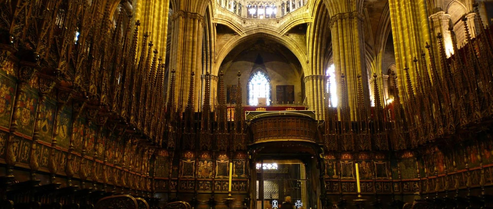 Catedral de la santa creu i santa eul lia de barcelona for Catedral de barcelona interior