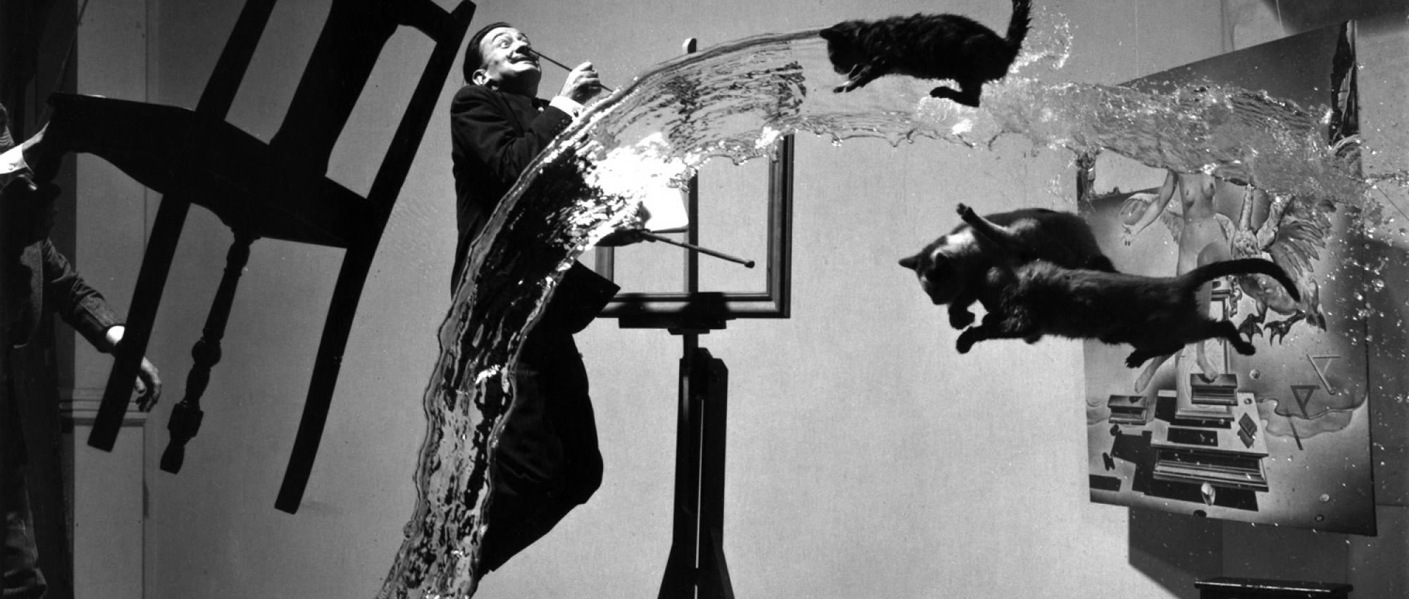 Salvador Dalí fotografiat per Philippe Halsman. Domini Públic